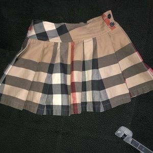 Girl 3T burberry tennis skirt